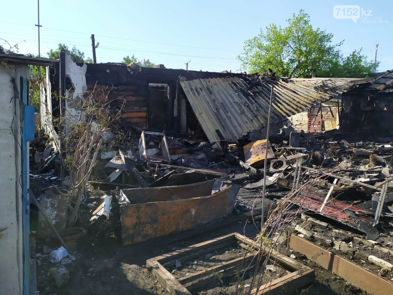 дом сгорел у полицейского в ско