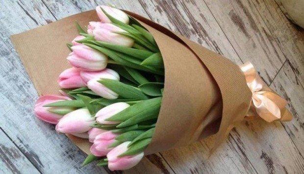 Какие цветы выбирают любимым петропавловские мужчины, фото-1