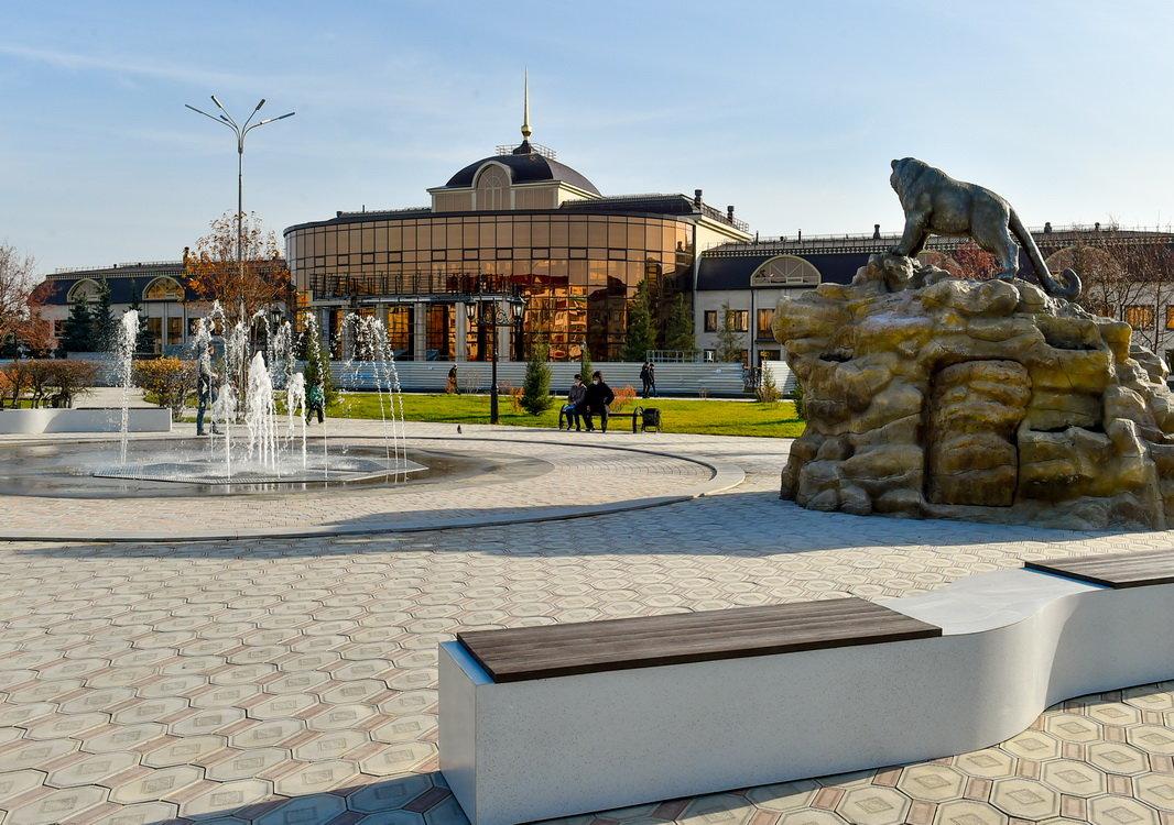 Привокзальная площадь, Петропавловск